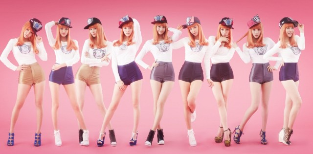 snsd_pose_in_stylish_outfits_for_i_got_a_boy-11768